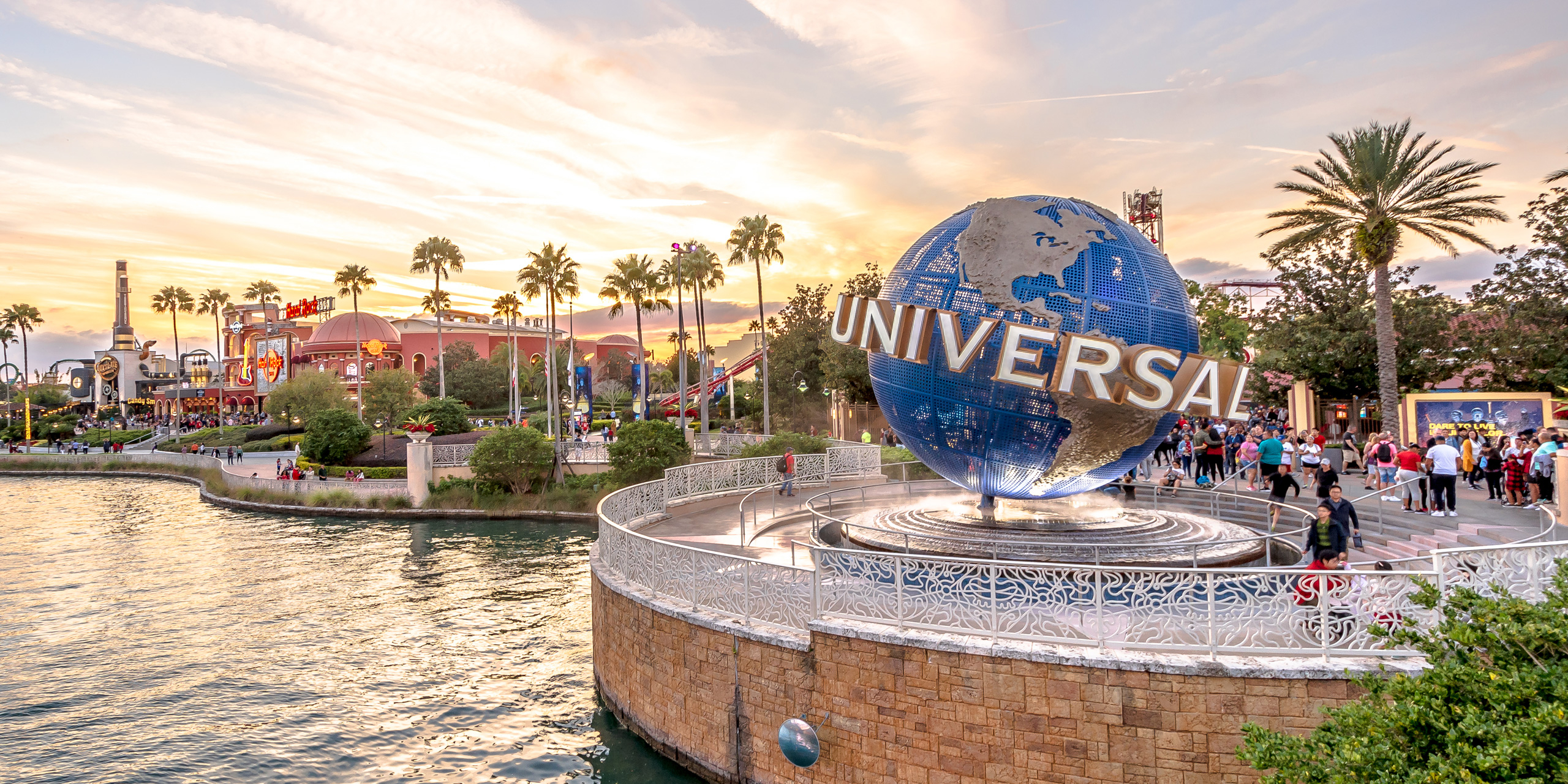 10 Hotels With Free Shuttles To Universal Orlando Resort