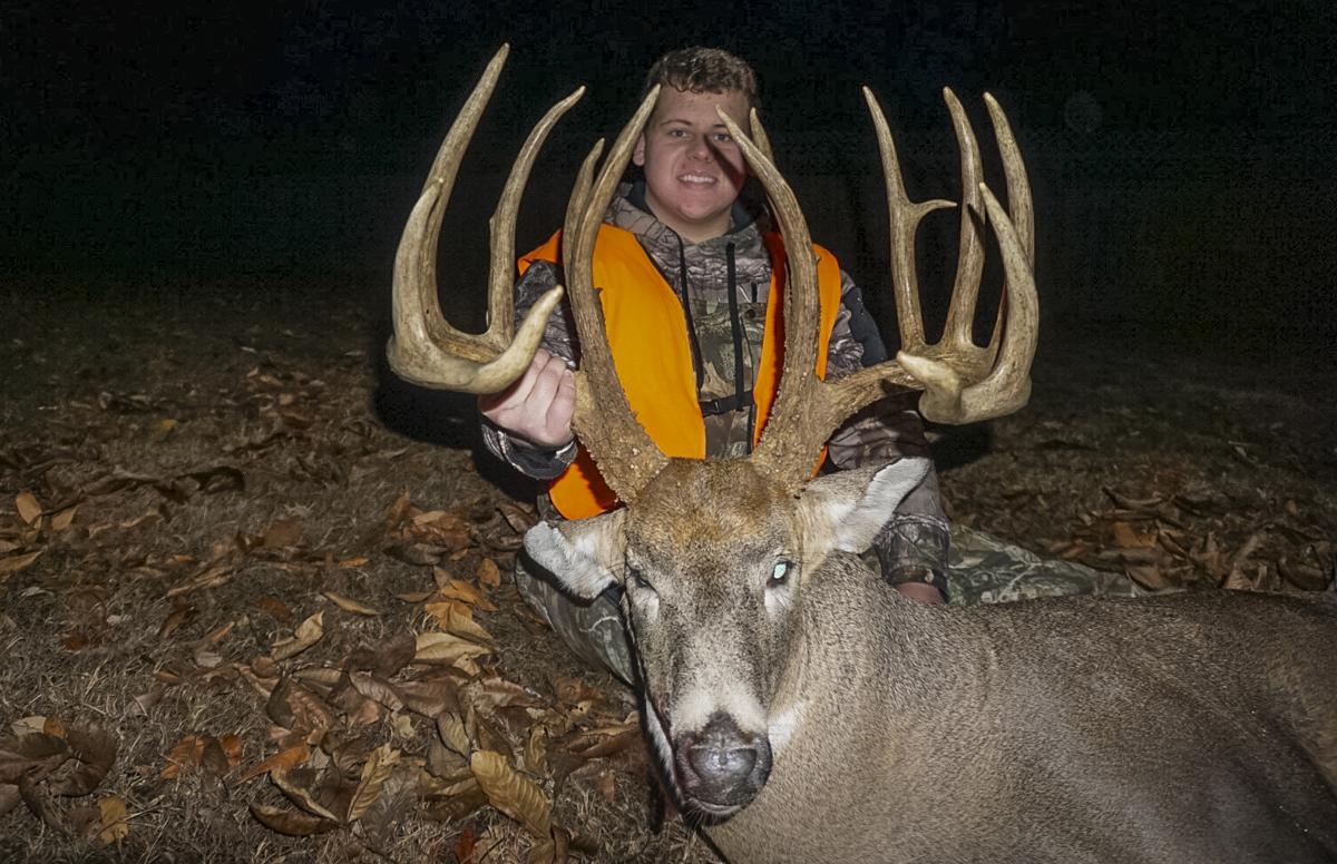 Devan Sullivan's 229-Inch Illinois Beast | Deer Hunting