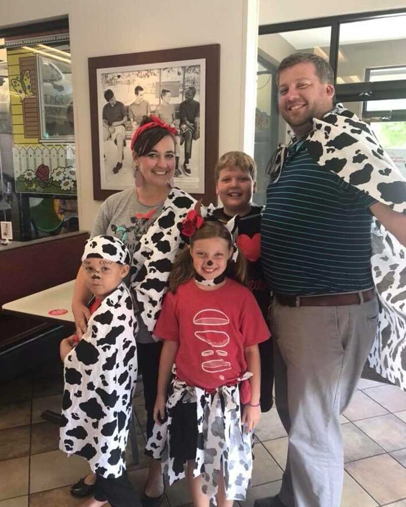 First Look At The 2019 Cow Appreciation Day T-Shirts | Chick