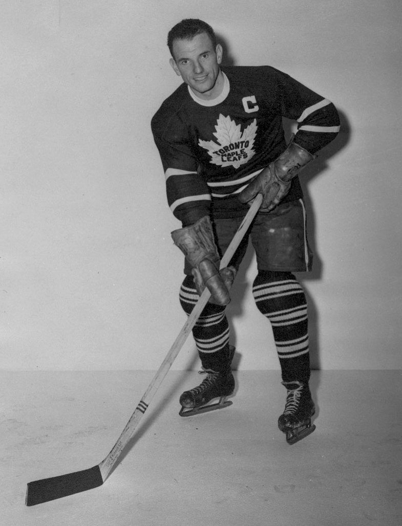 Vintage Hockey Tips For The Forward By Dave Keon | Toronto