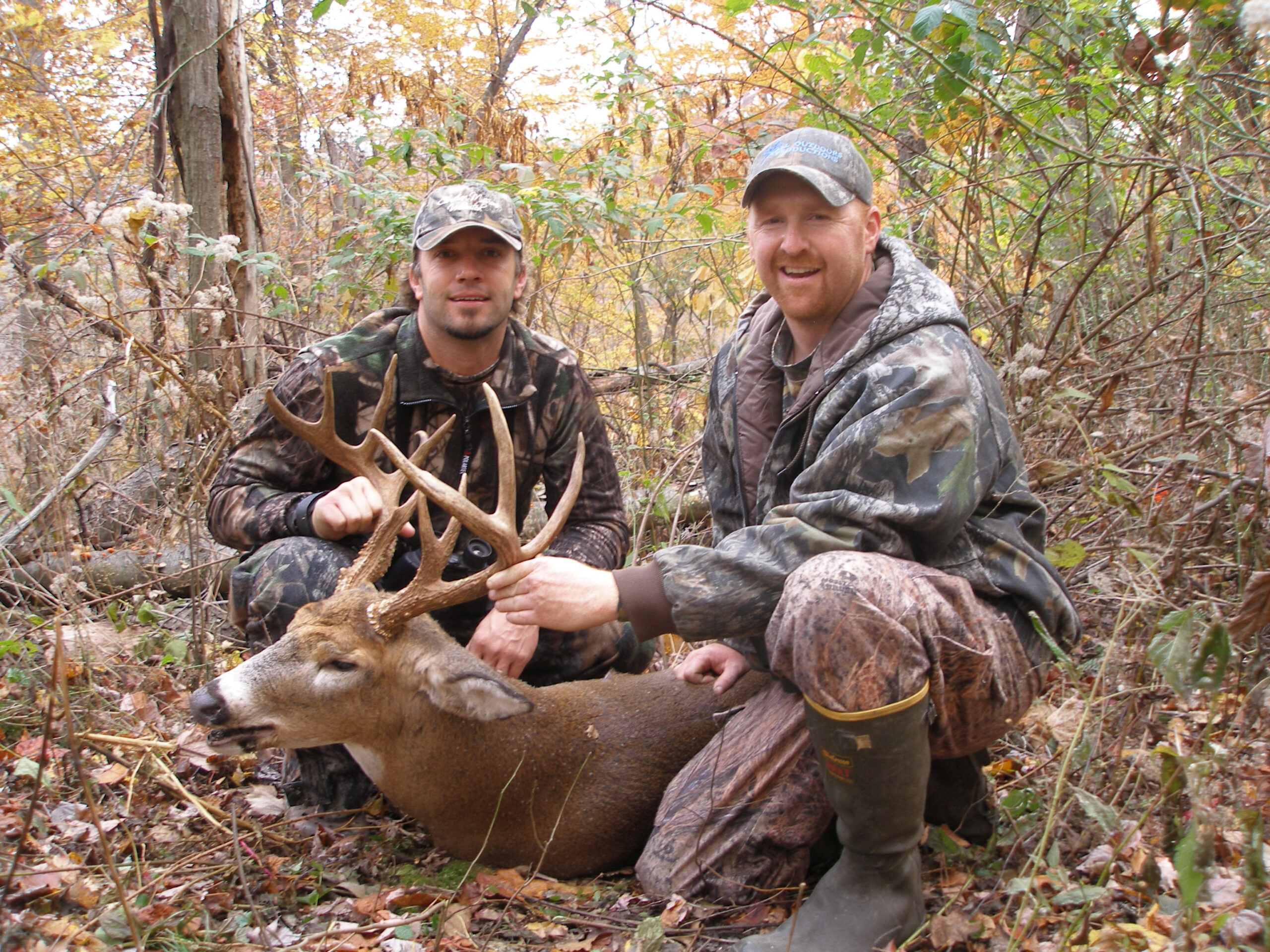 All Outdoors, Llc Cabin Property - Huntsspecial Moment