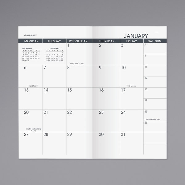 "At-A-Glance 7090610 3 1/2"" X 6 1/8"" Pocket Size Monthly"