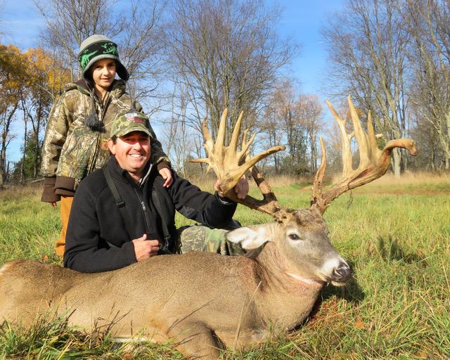Michigan Trophy Whitetail Hunts, Large Whitetail Deer