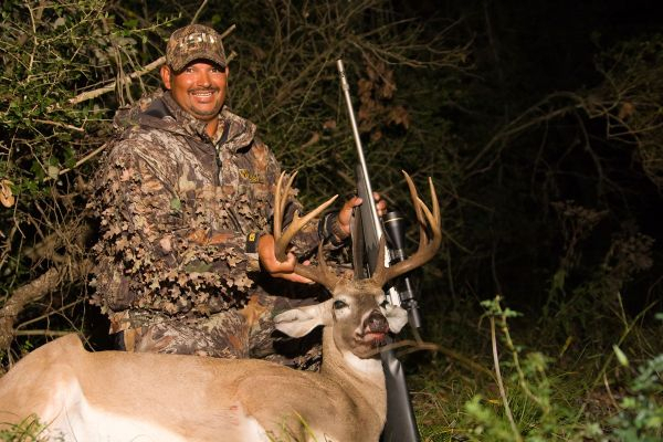 Why You Should Wait To Hunt Deer During The Rut