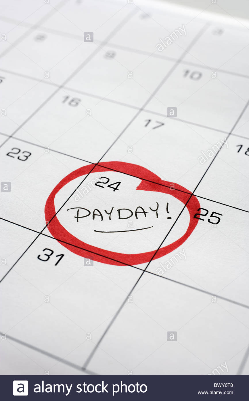 Calendar With Payday Circled Stock Photo - Alamy