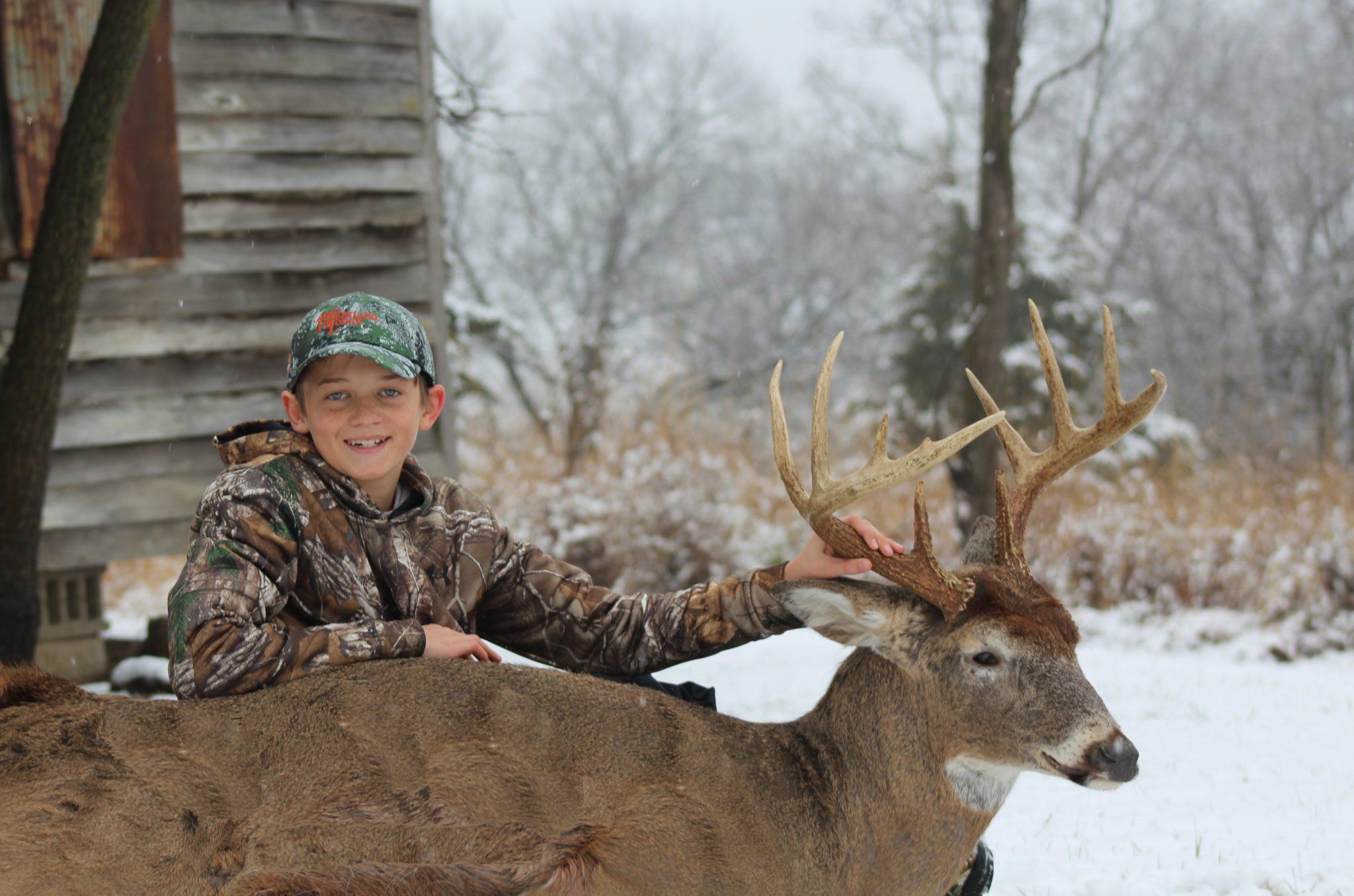 Late Season Whitetail Hunting: Illinois Late Deer Hunts